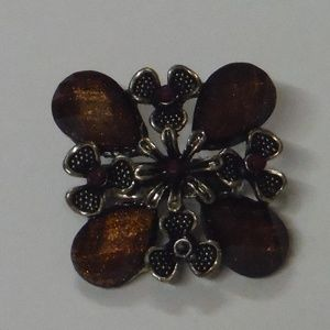Vintage Style Floral Brooch
